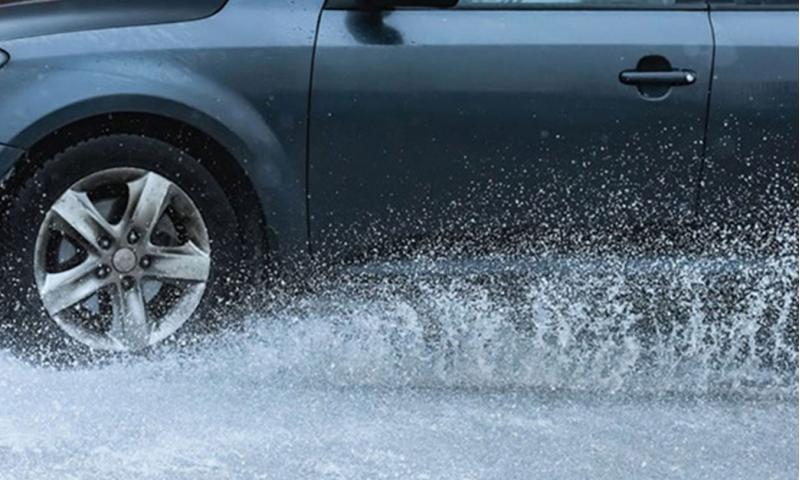 drivin-in-rain